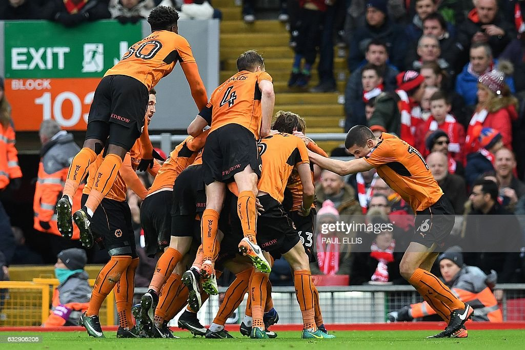 FBL-ENG-FACUP-LIVERPOOL-WOLVES : News Photo