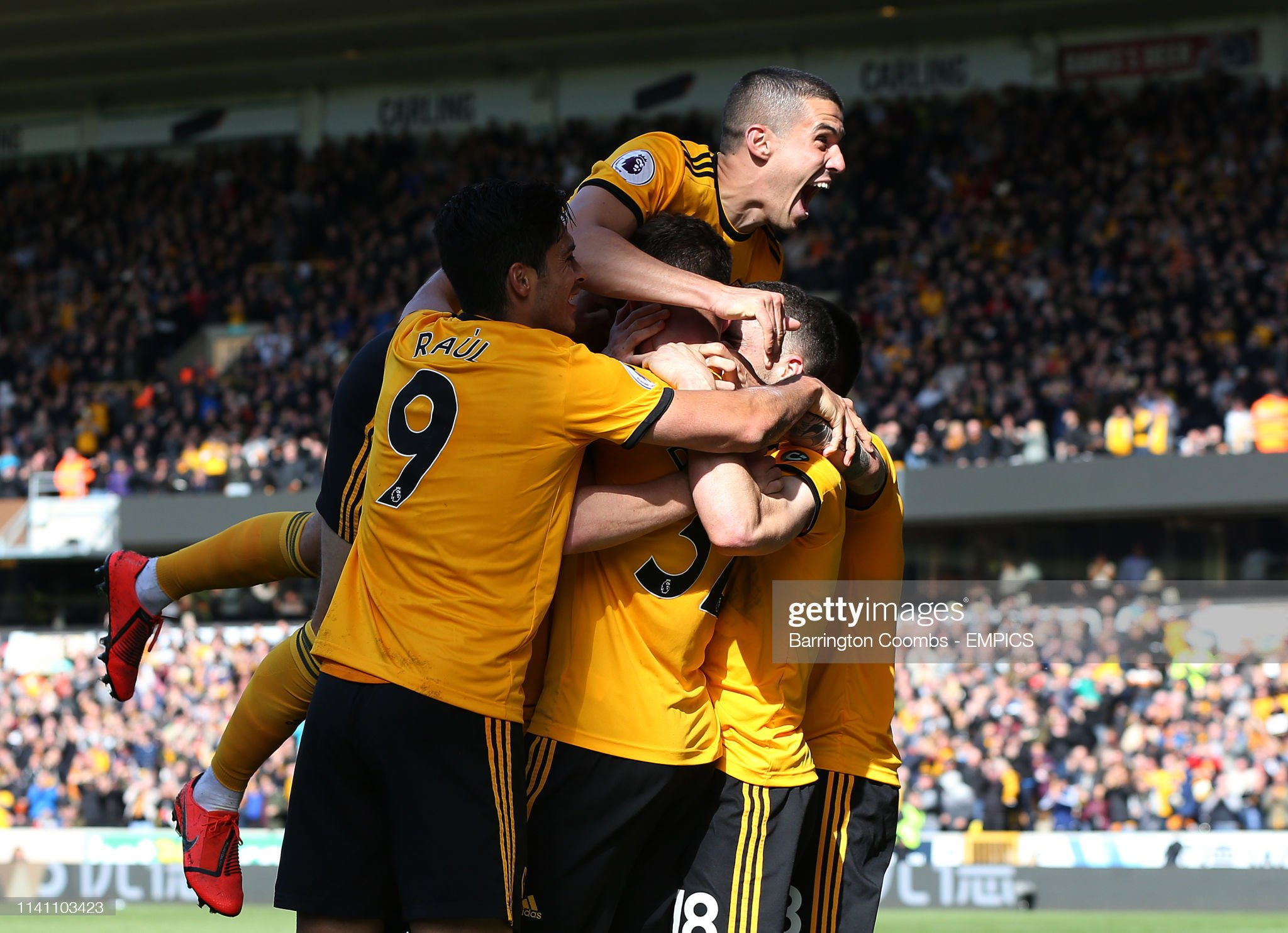 Wolverhampton Wanderers v Fulham - Premier League - Molineux : News Photo