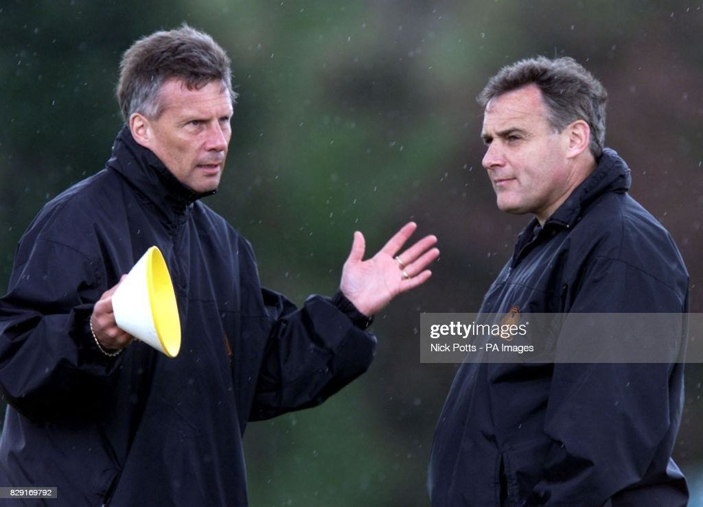 Wolves training - Dave Jones : News Photo