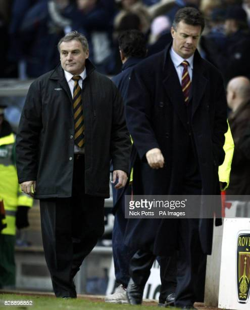 Wolverhampton Wanderers Manager Dave Jones shows his dejection after his side's 32 defeat by David O'Leary's Aston Villa in their Barclaycard...