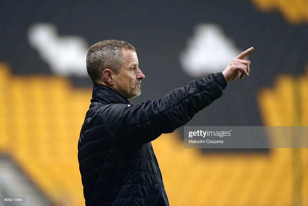 Wolverhampton Wanderers v Sunderland - EFL Checkatrade Trophy Second Round : News Photo