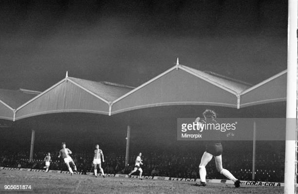 Wolves 4-1 Lokomotive Leipzig, UEFA Cup 2nd leg, match at Molineux Stadium, Wednesday 7th November 1973. Match drawn 4-4 on aggregate. Loko Leipzig...