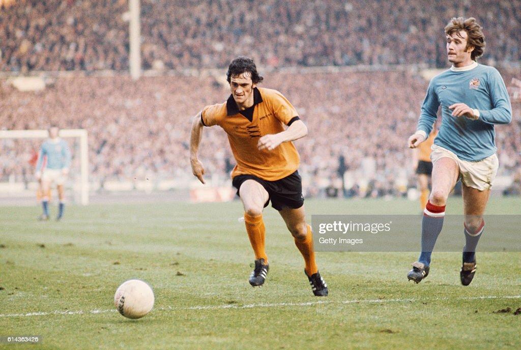 1974 League Cup Final Wolverhampton Wanderers v Manchester City : News Photo