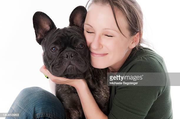 woman and french bulldog - bulldog frances imagens e fotografias de stock