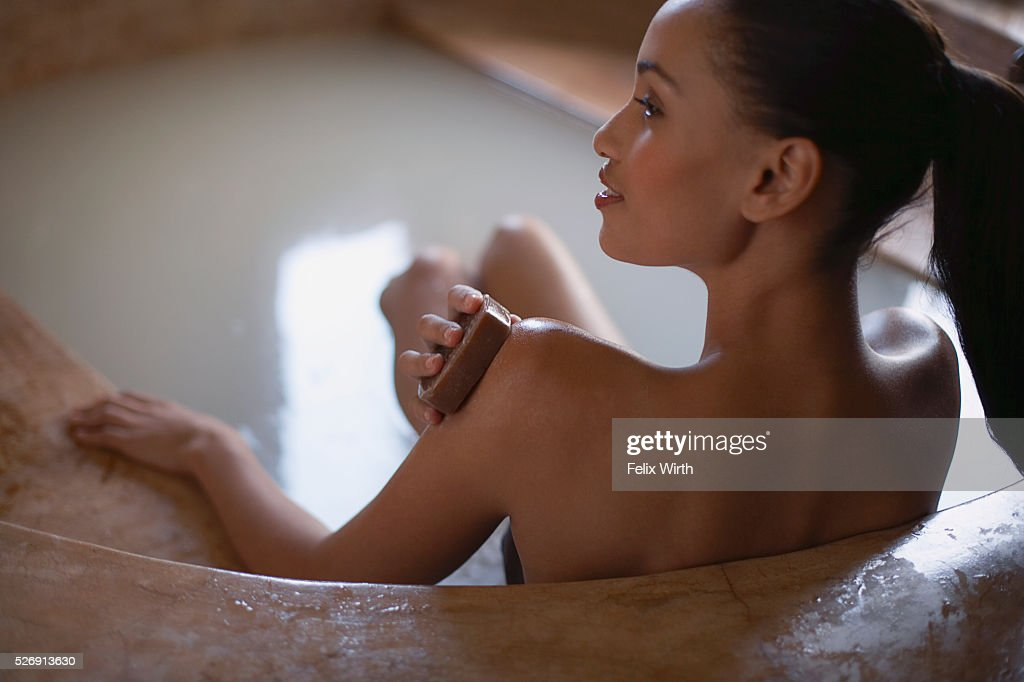 Woman bathing : Foto de stock