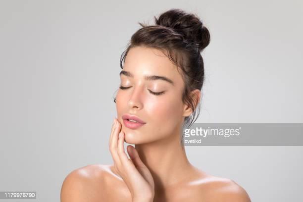 retrato da beleza da mulher - pessoas bonitas - fotografias e filmes do acervo