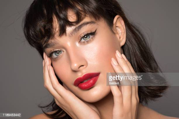 woman beauty portrait - eye make up stock pictures, royalty-free photos & images