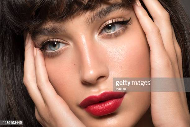 woman beauty portrait - eye liner stock pictures, royalty-free photos & images