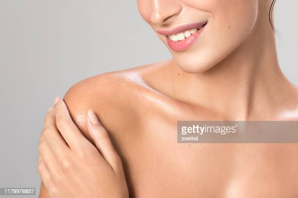 woman body care - shoulder stock pictures, royalty-free photos & images