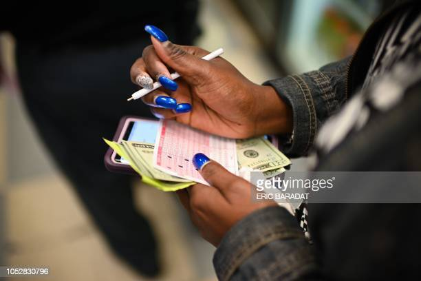 Powerball Pictures and Photos - Getty Images