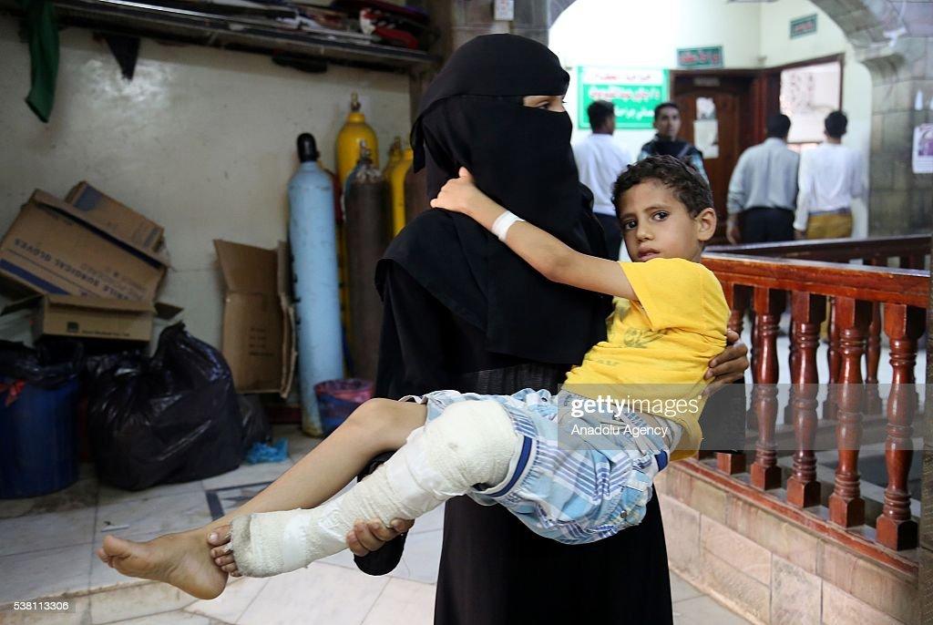 Shiite Houthis attacked residential areas in Yemen's Taiz : News Photo