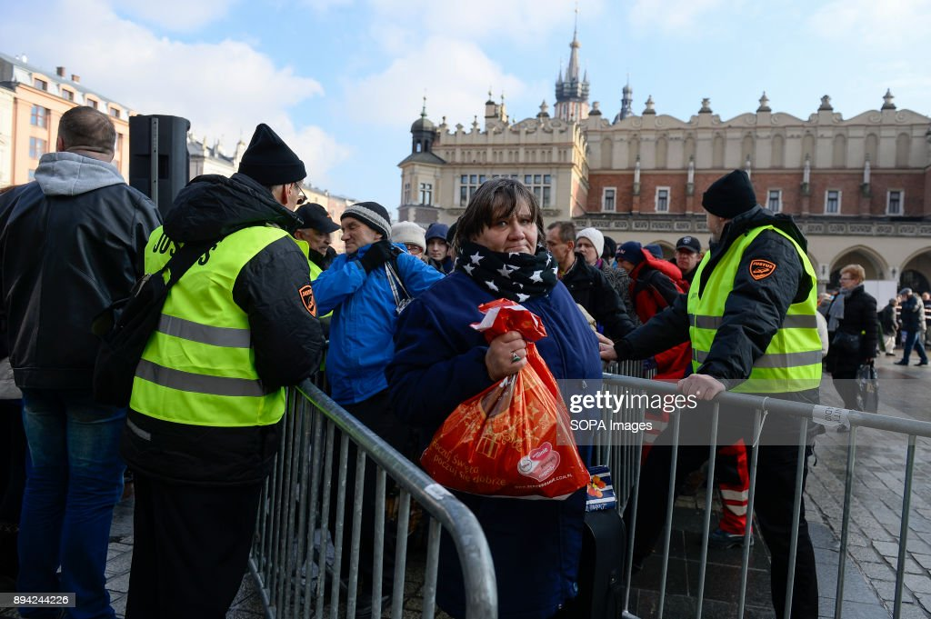 Christmas Food Handout for Homeless in Krakow