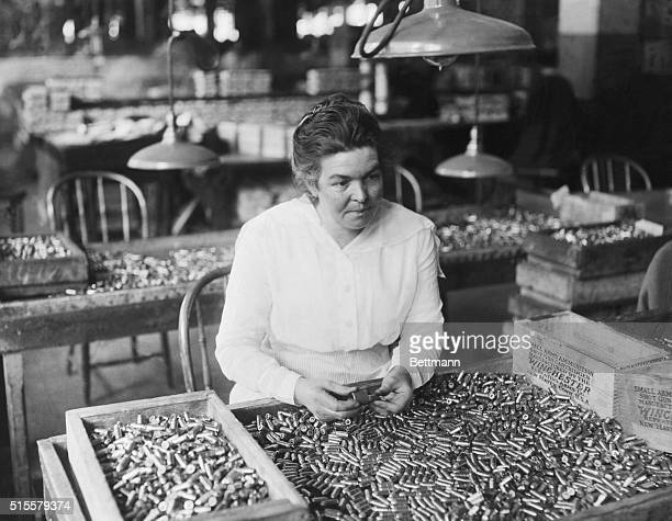 Woman cartridge maker in Winchester Arms assembly bench PreWorld War I photo
