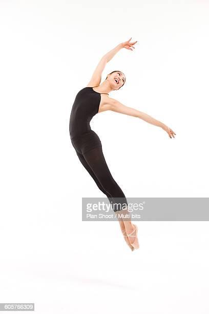 woman dancing ballet