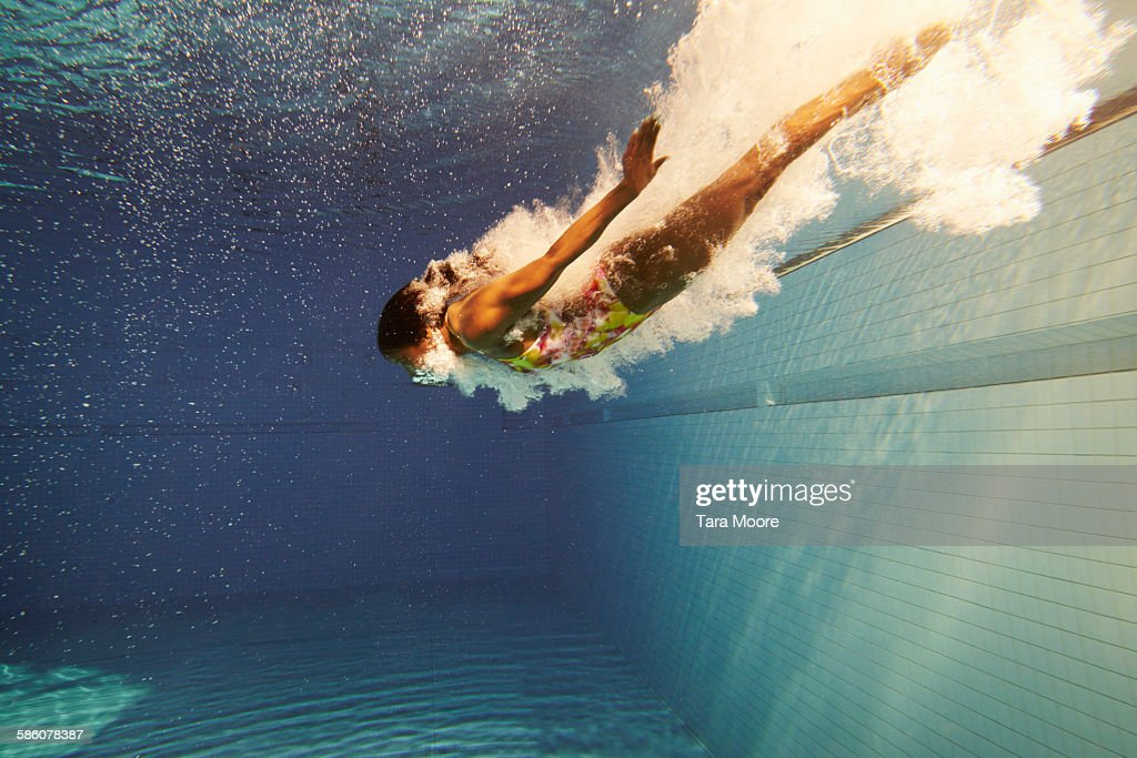 woman diving underwater : Stock Photo