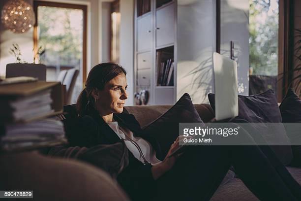 Woman doing homeoffice.