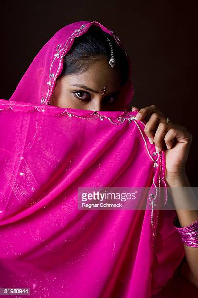 A woman dressed in traditional Indian clothing