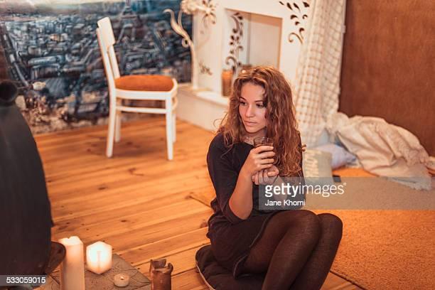 woman drinking hot tea - hot women pics ストックフォトと画像