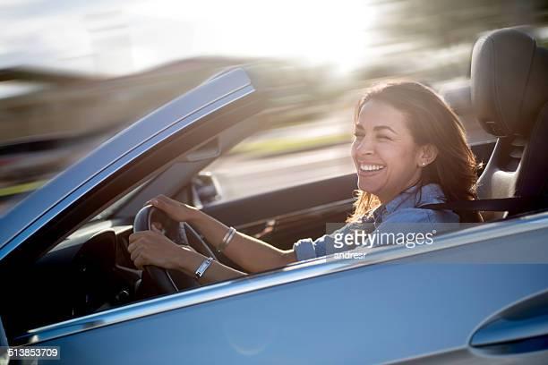 女性駆動車