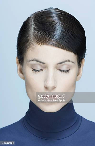 woman, eyes closed, portrait - オールバック ストックフォトと画像