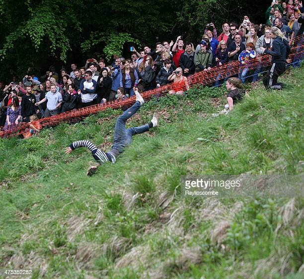 Woman faller at the 2015 Cheese Rolling Competition