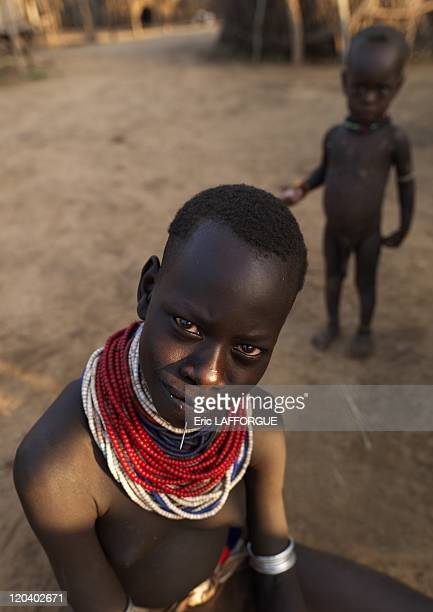 Woman from Karo Tribe on Korcho village in Ethiopia on October 29 2008 The Karo with a population of about 1000 1500 live on the east banks of the...
