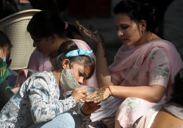 IND: Karva Chauth Festival 2021