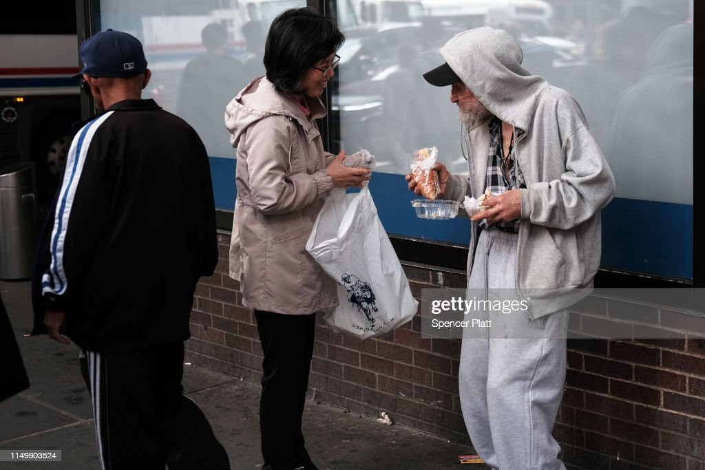 NY: As NYC's Mayor De Blasio Launches A Presidential Run, Chorus Of Critics Point To Homelessness Issue In City As Sign Of His Failures