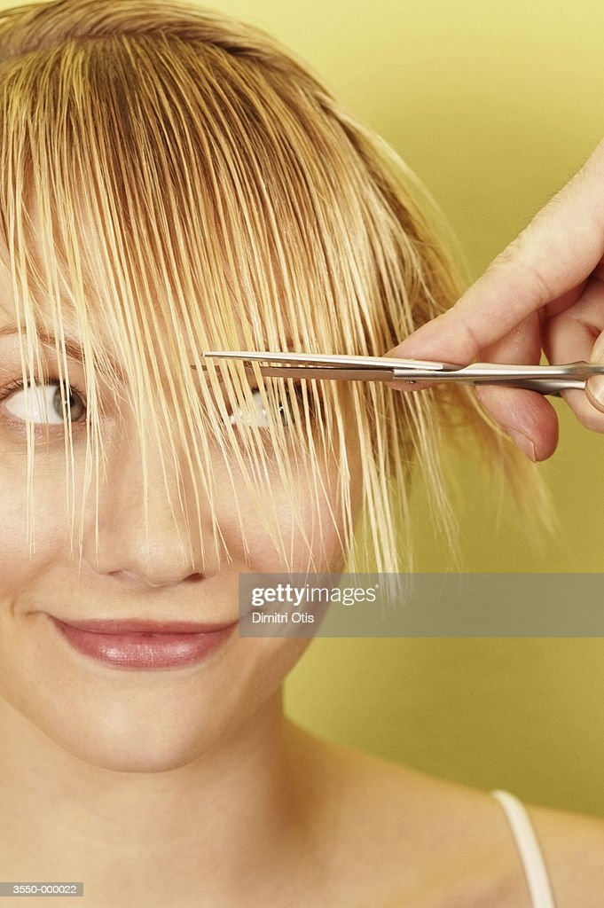 Woman having Hair Cut : ストックフォト