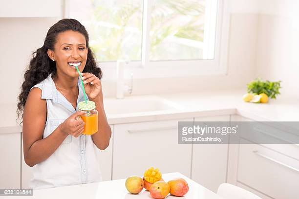 Woman healthy fruit drinks.