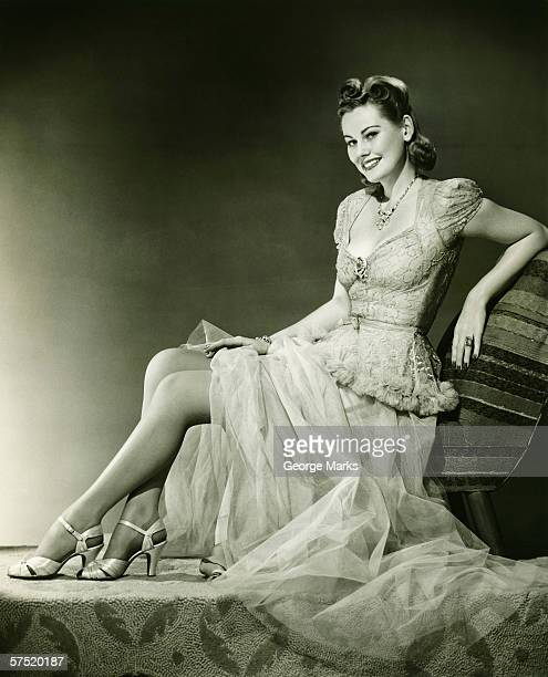 woman in evening gown posing in studio, (b&w), portrait - tulle netting stock pictures, royalty-free photos & images