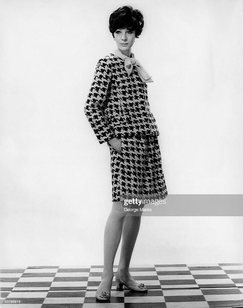 Woman in fashionable dress : Bildbanksbilder