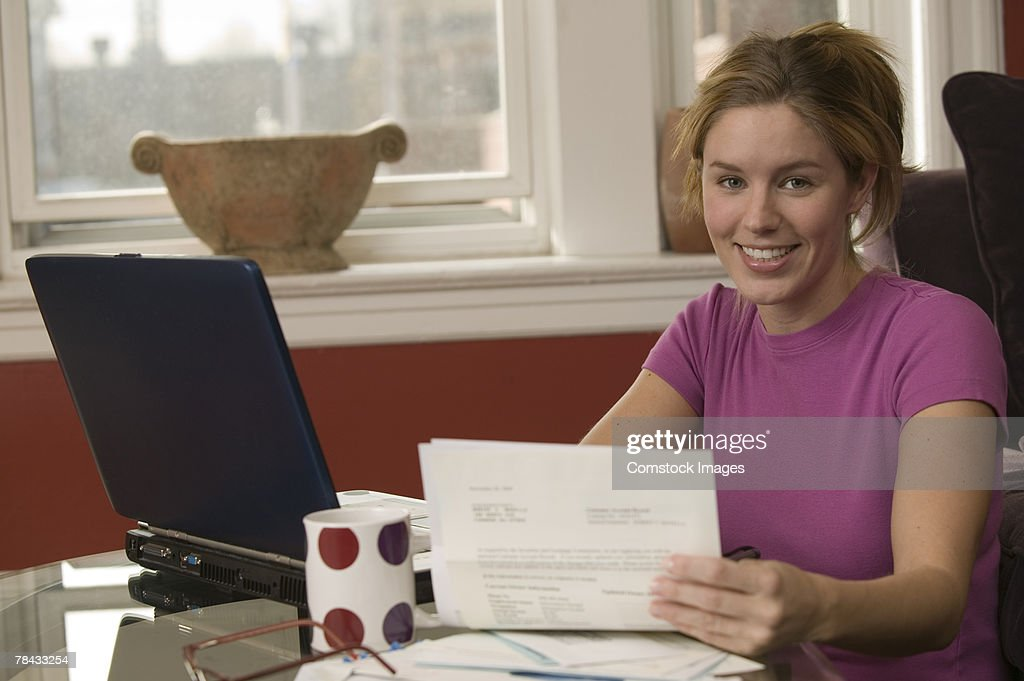 Woman in home office : Stockfoto