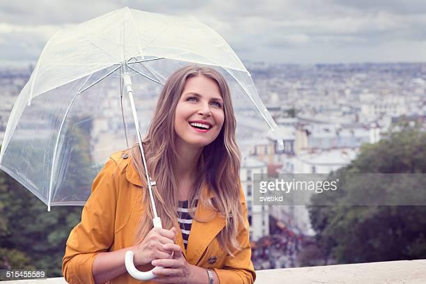 Femme à Paris.