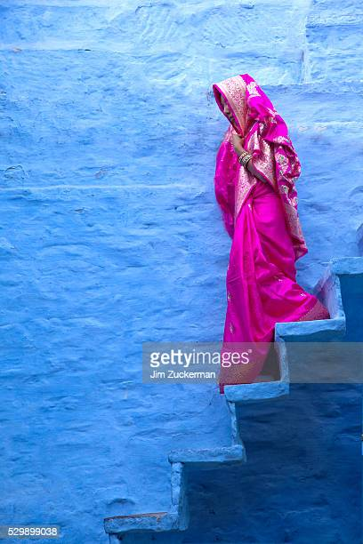 woman in pink sari - sari stock pictures, royalty-free photos & images