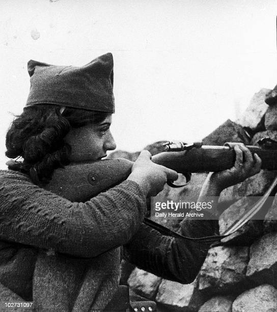 Woman in the firing line 19 July 1938 Woman with a rifle in the firiing line during the Spanish Civil War