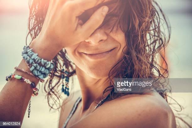 mulher em tropical - vlad models - fotografias e filmes do acervo