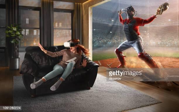 vr メガネの女性。野球と仮想現実 - 仮想空間の視点 ストックフォトと画像