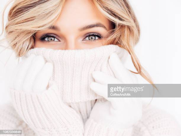 woman in winter clothes - knit hat stock pictures, royalty-free photos & images
