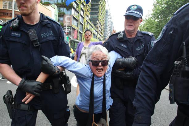 AUS: Australians Protest Climate Change As Part Of Global Rebellion