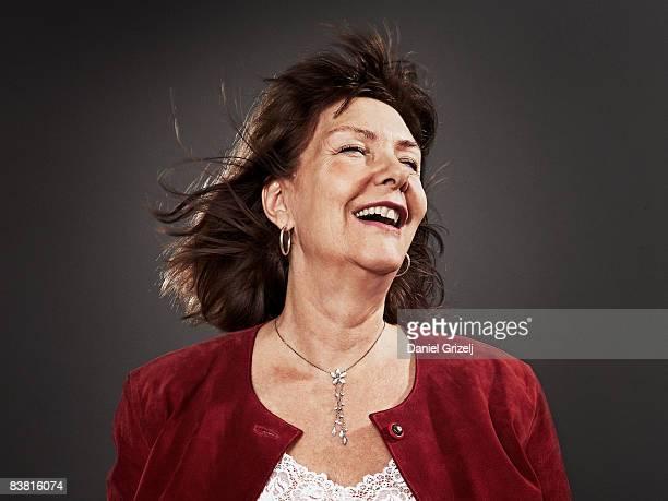 woman laughing - västra götalands län stockfoto's en -beelden