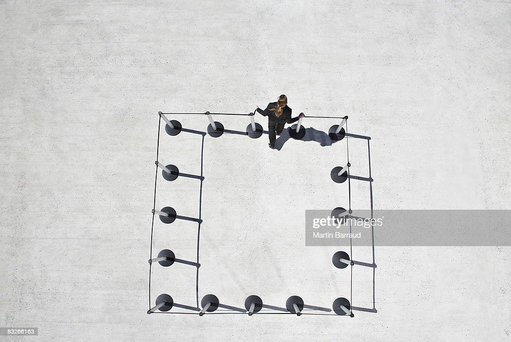 Mujer sin postes de cordón : Foto de stock