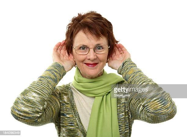 Frau hören