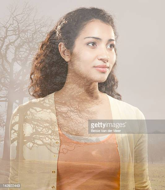 woman looking at landscape. - newtechnology stock pictures, royalty-free photos & images