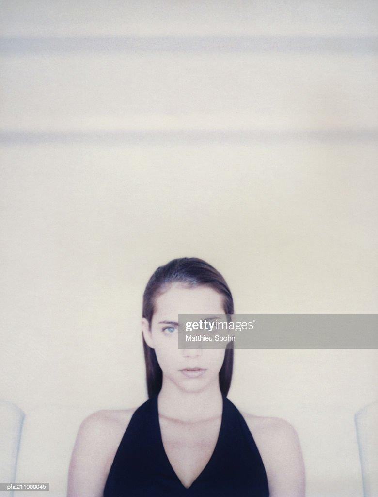 Woman looking into camera. : Stockfoto