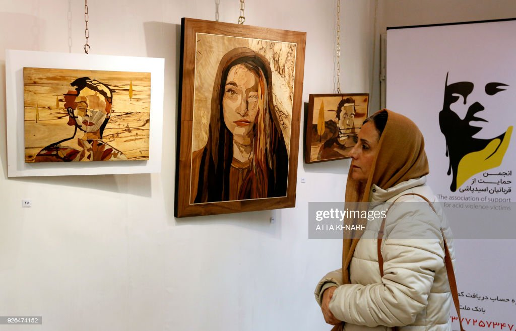 IRAN-ACID-ARTS : News Photo