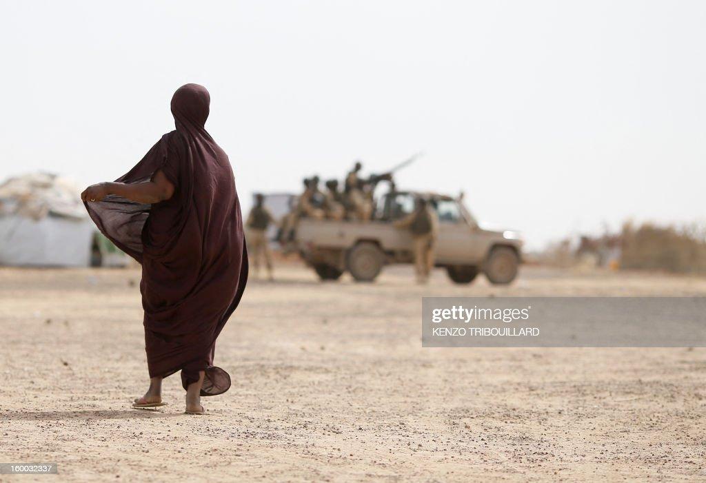 BURKINA-MALI-CONFLICT-FRANCE-REFUGEES : News Photo