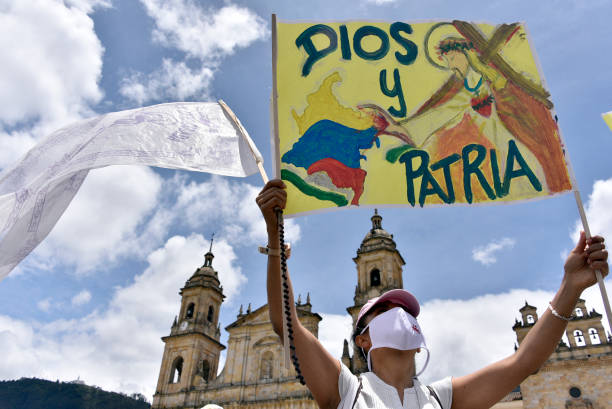 COL: Demonstrations in Colombia on International Peace Day