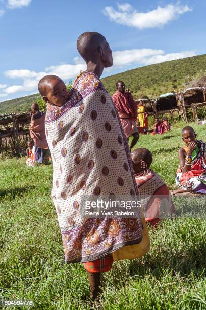 Woman Masai with his baby