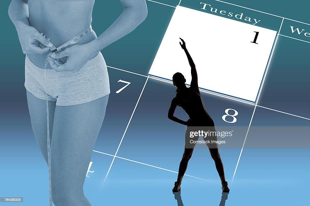Woman measuring waistline in weight loss montage : Stockfoto